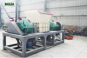 ISO9001 Safety Industrial Wood Crusher , Wood Chipper Shredder High Capacity